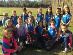 Daisy Troop 235 Spruce Up Bretton Woods Grounds