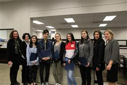 "Astoria Bank Hosts ""Accent in Art"" Competition for Hauppauge High School"